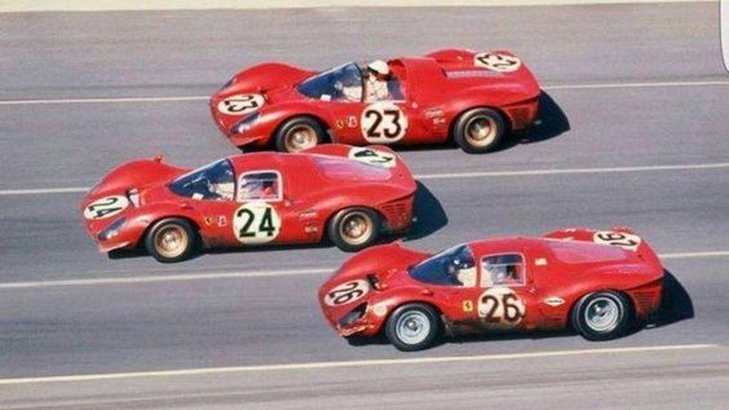 3 машины