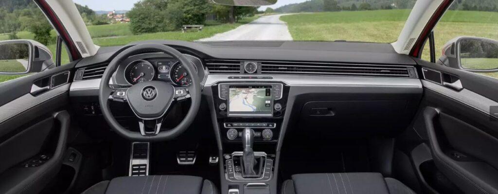 2016 Volkswagen Passat Alltrack салон